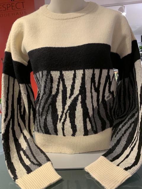 Vero Moda Pullover gemustert -Streifen an den Ärmeln