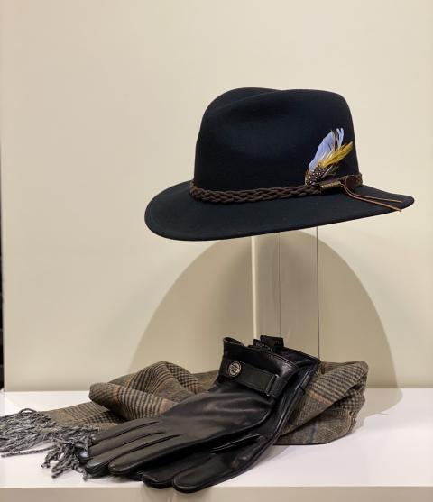 Stetson Hut und Roeckl Handschuhe für Herren